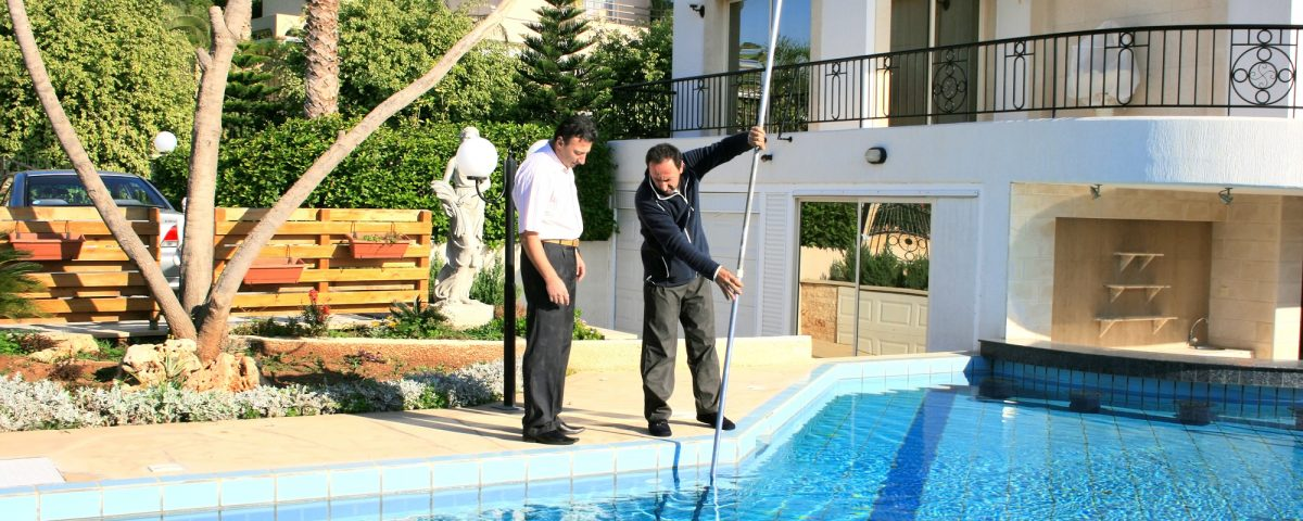 entretien piscine 06